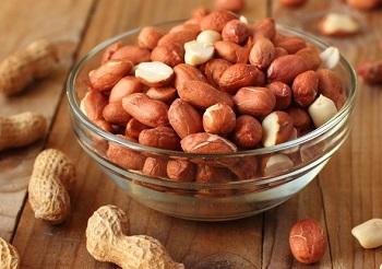 Полезные свойства арахиса для женщин и в чем его польза для организма