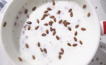 В чем заключаются польза и вред семян льна для женщин