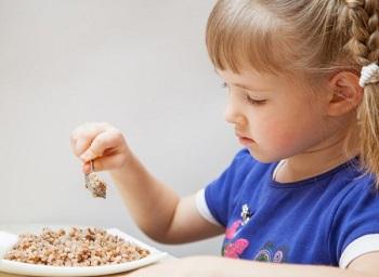 Польза гречневой крупы для детей и содержание в ней полезных веществ