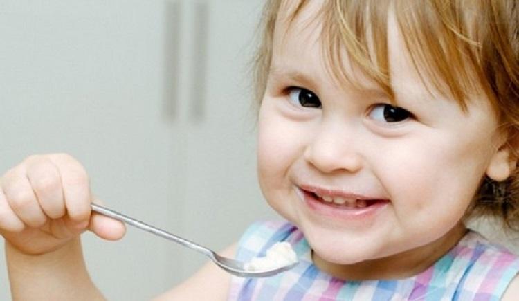 Польза и вред манной каши для здоровья детей - основные моменты