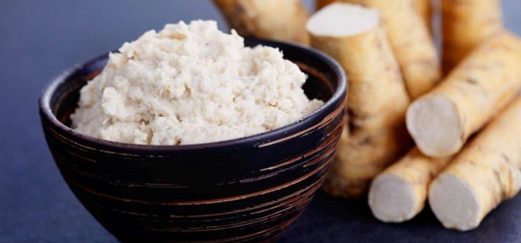 Хрен, его полезные свойства, применение в кулинарии и народной медицине