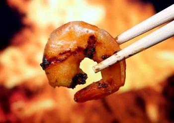 Как правильно приготовить креветки - несколько интересных рецептов