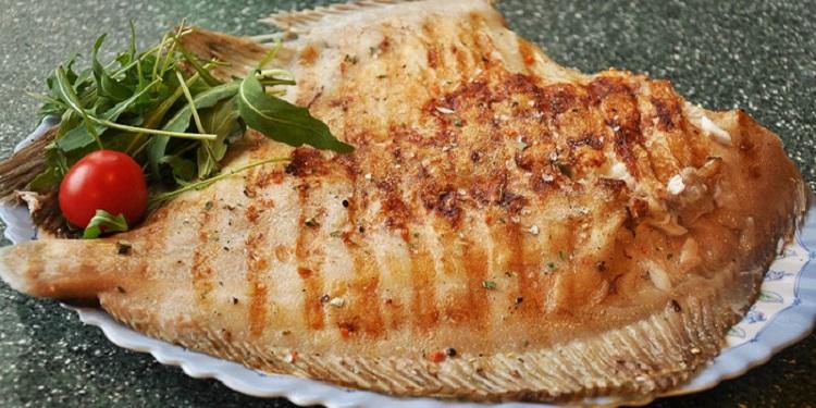 Несколько интересных рецептов приготовления рыбы камбалы
