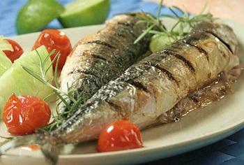 Полезна ли рыба скумбрия в детском и пожилом возрасте