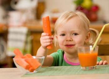 Польза и вред морковного сока для детей