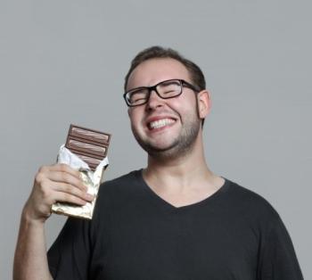 Горький шоколад: его польза и вред, полезные свойства для мужчин и женщин