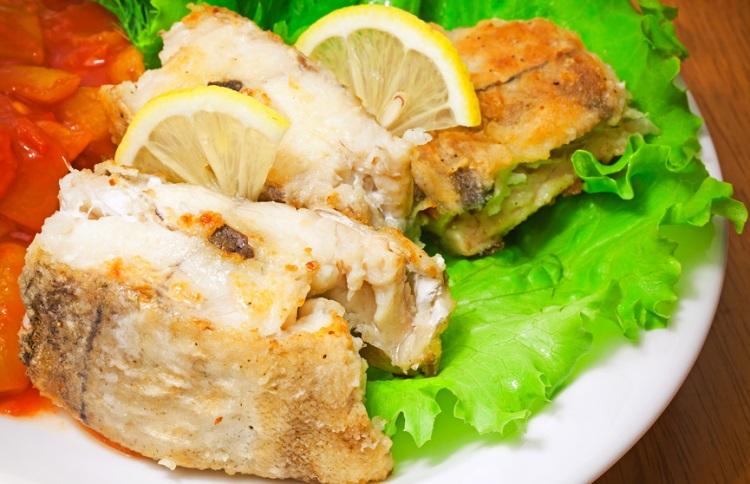Как пожарить рыбу пикшу на сковороде рецепт
