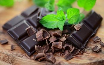 Горький шоколад: его польза и вред, противопоказания и меры предосторожности