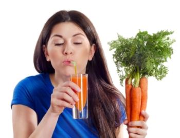 Морковный сок: его польза и вред, применение в народной медицине