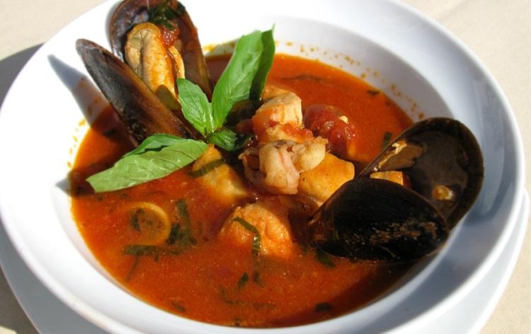 Суп с томатами из Пикши, польза и вред рыбного блюда
