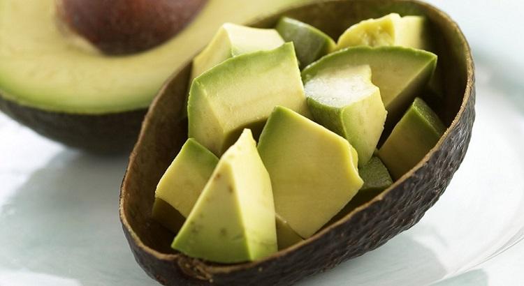 Чем полезно авокадо, и его полезные свойства для организма