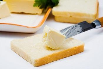 Чем полезно сливочное масло, в том числе для организма мужчин и женщин