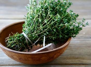 Чабрец: полезные свойства и противопоказания, советы по выбору травы