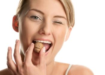 Грецкий орех: полезные свойства и противопоказания, польза для мужчин и женщин