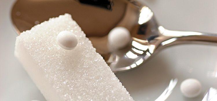 Популярные сахарозаменители - сукралоза, ее польза и вред для организма