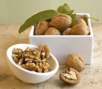 Грецкий орех: полезные свойства и противопоказания, советы по выбору качественного продукта