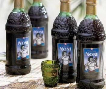 Фрукт и сок нони: полезные свойства, советы по выбору