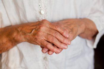 Лекарственные свойства медвежьего жира для пожилых людей
