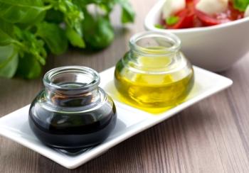 Бальзамический уксус: польза и вред, полезные свойства для диабетиков и худеющих