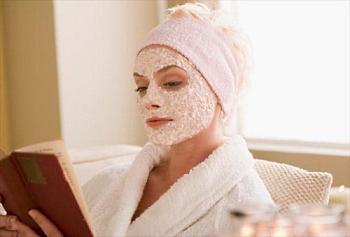 Обезжиренный творог: польза и вред, применение в косметологии