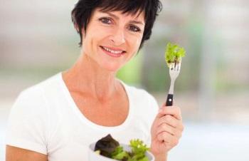 Питание при климаксе у женщин при приливах - меню на каждый день
